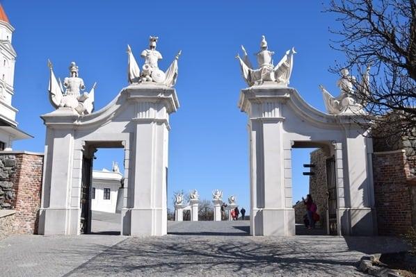 13_Tor-Burg-Hrad-Bratislava-Slowakei