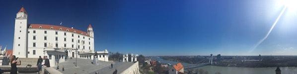 14_Panorama-Burg-Hrad-Donau-Bratislava-Slowakei