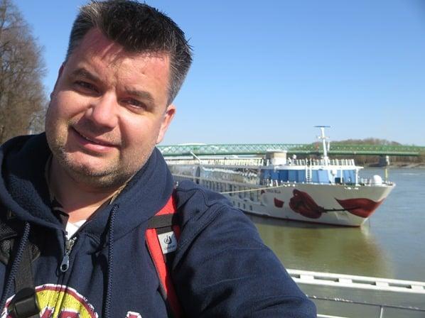 20_Reiseblogger-Kreuzfahrtblogger-Daniel-Dorfer-a-rosa-bella-Flusskreuzfahrtschiff-Donau-Bratislava-Slowakei-schoene-Zeit