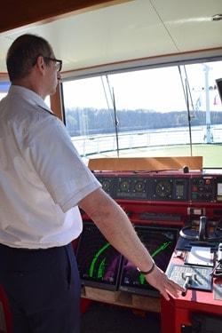 22_Ruderstand-Bruecke-a-rosa-bella-Flusskreuzfahrtschiff-Kreuzfahrt-Donau