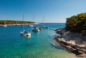 Urlaub-Click-and-Boat-Boot-Bucht-Kroatien