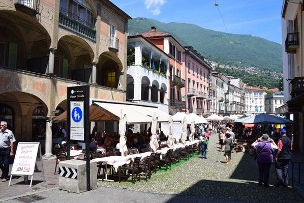 03_Piazza-Grande-Locarno-Lago-Maggiore-Tessin-Schweiz