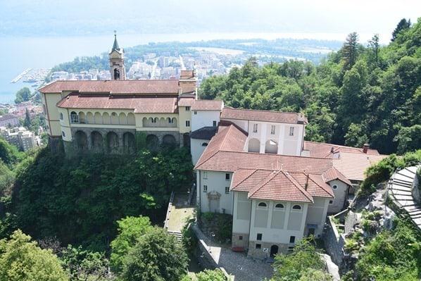 07_Kirche-Santuario-della-Madonna-del-Sasso-Locarno-Lago-Maggiore-Tessin-Schweiz