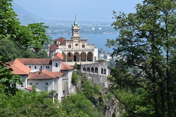 09_Kirche-Santuario-della-Madonna-del-Sasso-Locarno-Lago-Maggiore-Tessin-Schweiz