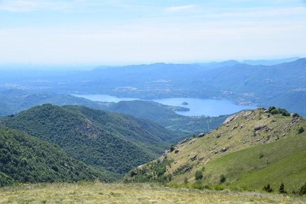 11_Ausblick-Monte-Mattarone-Lago-D'Orta-Italien