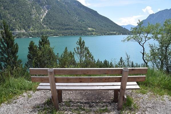 07_Wanderung-Bank-Achensee-Tirol-Oesterreich