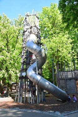 13_Kinderspielplatz-Tierpark-Hellabrunn-Zoo-Muenchen