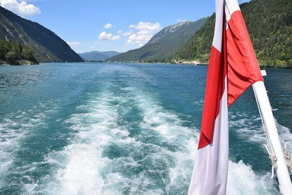 23_Ausflugsdampfer-Tirol-Kielwasser-Achensee-Tirol-Oesterreich