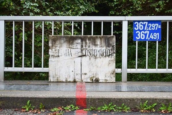 01_Ciclovia-Alpe-Adria-Radweg-Grenze-Oesterreich-Italien
