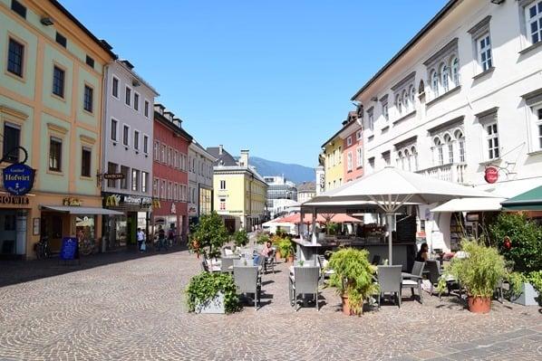 23_Hauptplatz-Fussgaengerzone-Villach-Kaernten-Oesterreich