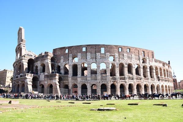 12_Kolosseum-Colosseo-Citytrip-Rom-Italien