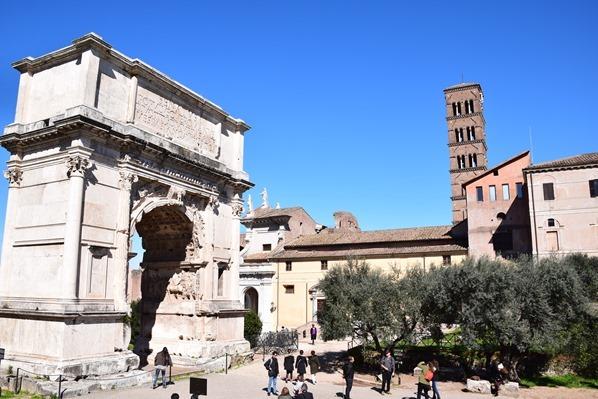 14_Titusbogen-Arco-di-Tito-Forum-Romanum-Citytrip-Rom-Italien