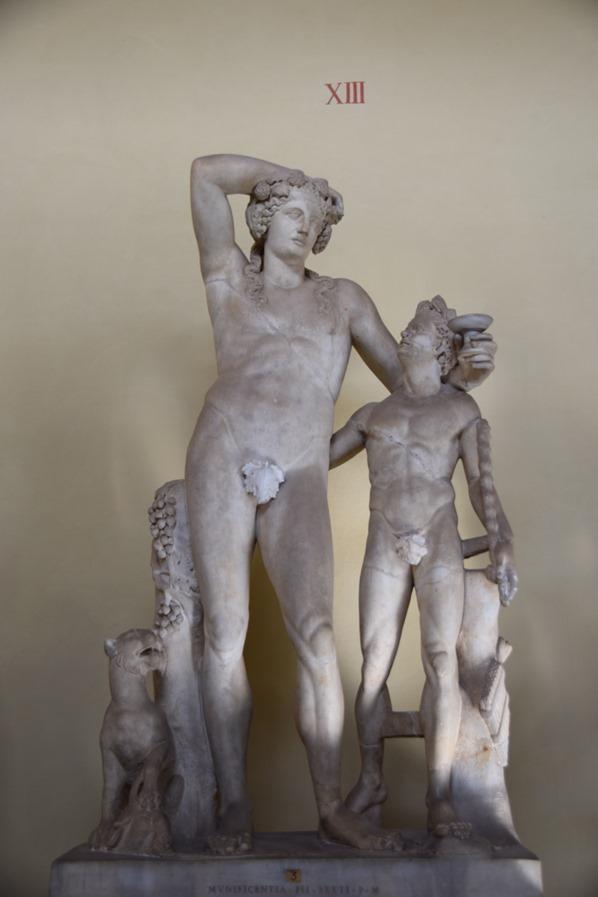 02_Statuen-Vatikan-Vatikanische-Museen-Citytrip-Rom-Italien