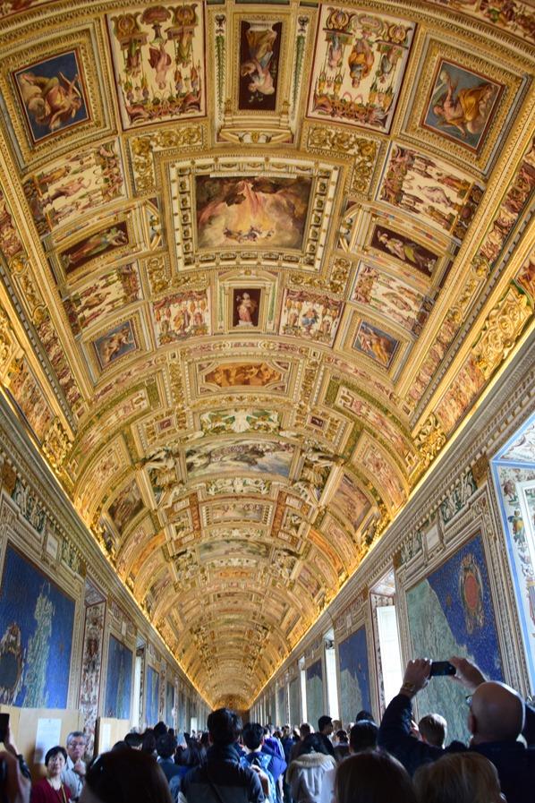 10_Galleria-delle-carte-geografiche-Vatikan-Vatikanische-Museen-Citytrip-Rom-Italien