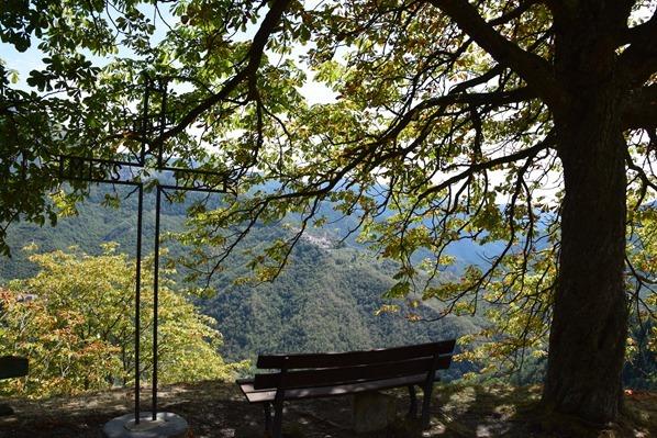 17_Rastplatz-mit-Aussicht-Triora-Ligurien-Italien