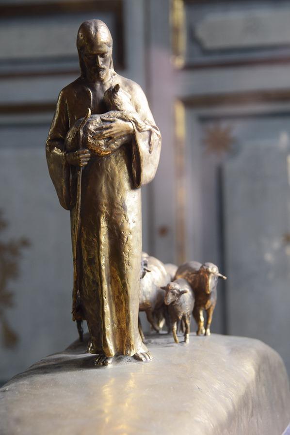 18_Zeitgenoessische-Kunst-Jesus-der-Hirte-Vatikan-Vatikanische-Museen-Citytrip-Rom-Italien