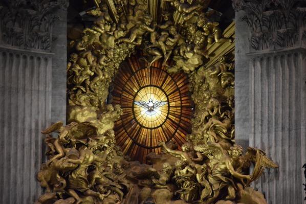 25_Heiliger-Geist-Altar-Petersdom-Vatikan-Citytrip-Rom-Italien