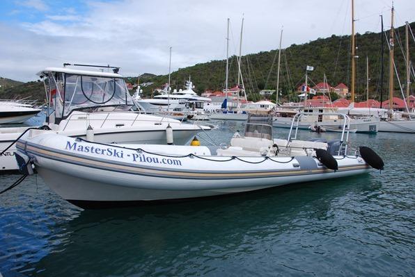 06_Speedboat-Hafen-Gustavia-St-Barth-Karibik-Kreuzfahrt