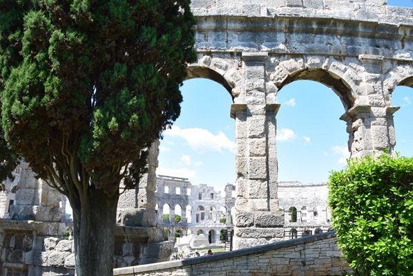 15_Amphitheater-Pula-Arena-Bogen-Istrien-Kroatien