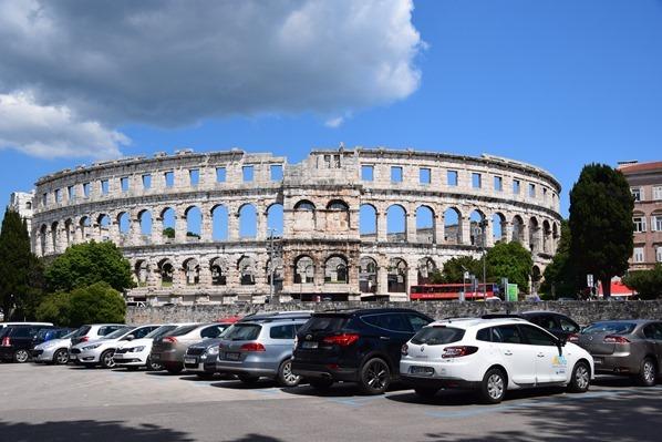 20_Parkplatz-Amphitheater-Pula-Arena-Istrien-Kroatien