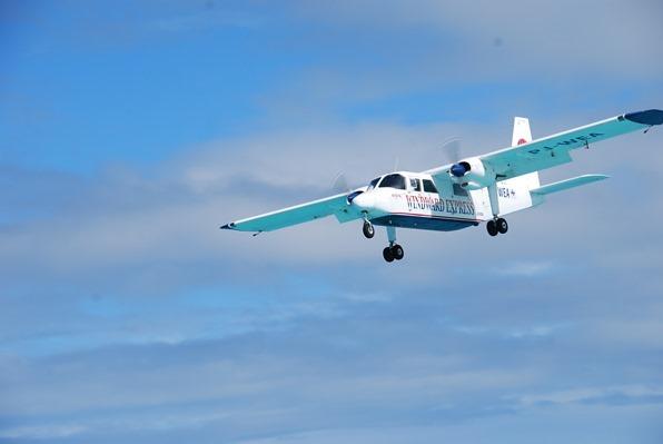 23_Flugzeuglandung-am-Strand-St.Barth-Karibik