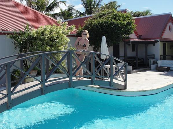 30_Pool-Guesthouse-La-Plage-Nikki-Beach-St.-Barth-Karibik-Kreuzfahrt