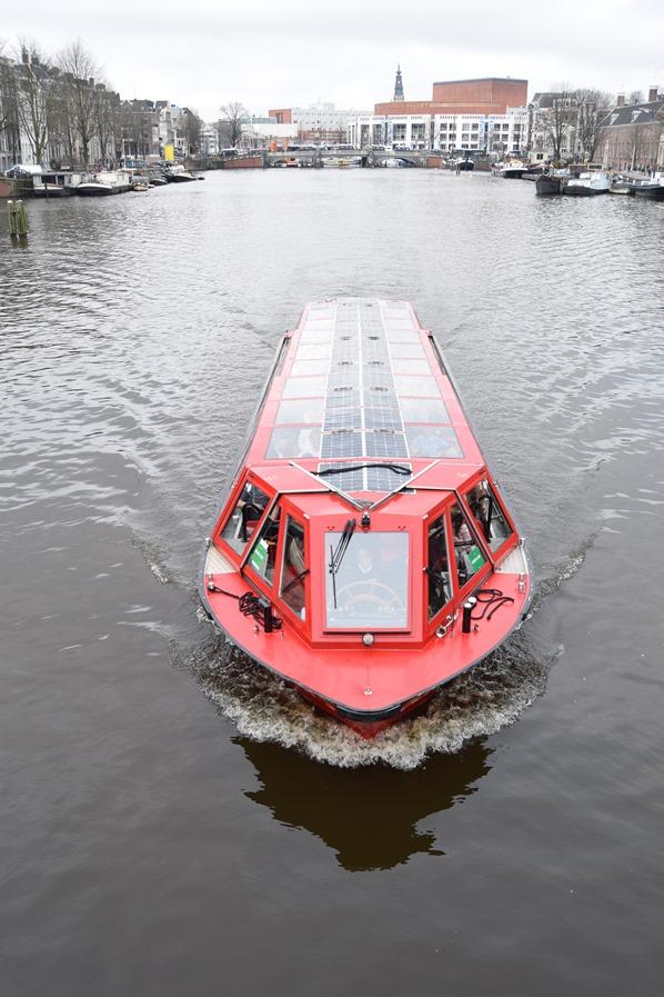 27_a-rosa-Flusskreuzfahrt-Rhein-Sightseeing-Grachtenfahrt-Amsterdam-Holland-Niederlande