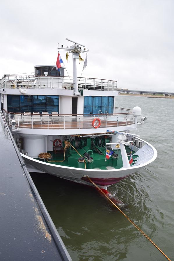 01_a-rosa-brava-Flusskreuzfahrt-Rhein-Nijmegen-Holland-Niederlande