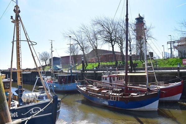 13_Hafen-Buesum-Leuchtturm-Nordsee-Nordfriesland-Schleswig-Holstein-Deutschland