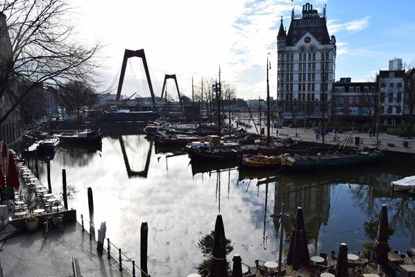 21_a-rosa-Flusskreuzfahrt-Rhein-Alter-Hafen-Witte-Huis-Architektur-Rotterdam-Holland-Niederlande