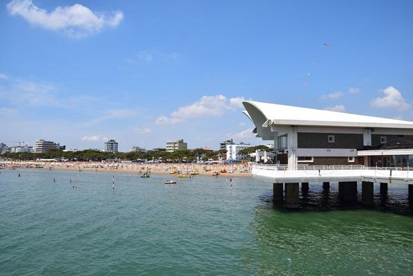 21_Das-Auge-am-Terrazza-a-Mare-Strand-Lignano-Sabbiadoro-Friaul-Julisch-Venetien-Adria-Italien