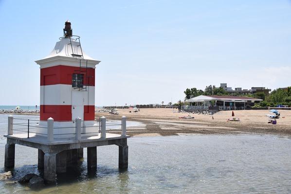 25_Leuchtturm-Punta-Faro-Beach-Strand-Lignano-Sabbiadoro-Friaul-Julisch-Venetien-Adria-Italien