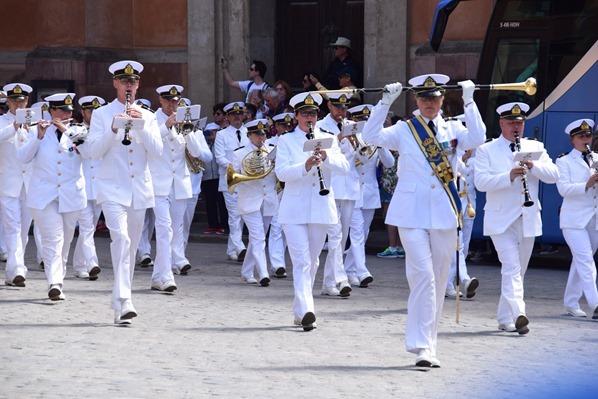 12_Parade-Stockholmer-Schloss-Gamla-Stan-Stockholm-Schweden-Ostsee-Kreuzfahrt