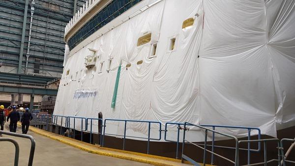 05_Kreuzfahrtschiff-AIDAnova-Heck-Meyer-Werft-Papenburg