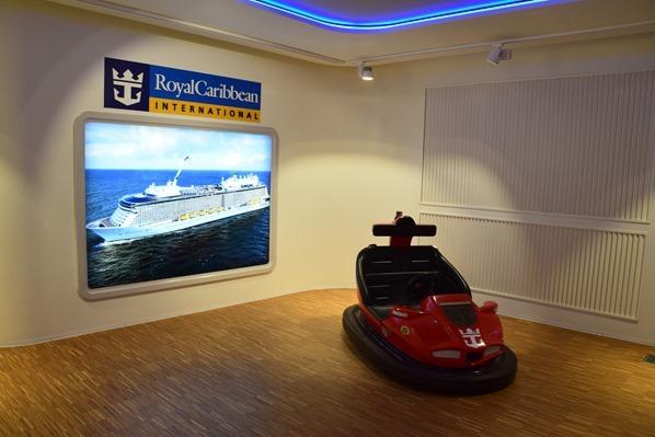 20_Autoscooter-Royal-Caribbean-Kreuzfahrtschiff-Quantum-of-the-Seas-Meyer-Werft-Papenburg