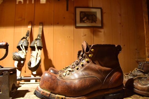 02_Skischuh-Wintersportmuseum-Markus-Wasmeier-Freilichtmuseum-Schliersee-Oberbayern-Bayern-Deutschland