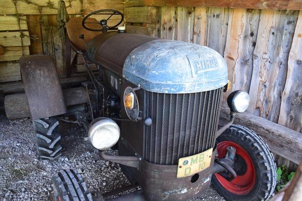 03_Oldtimer-Traktor-Markus-Wasmeier-Freilichtmuseum-Schliersee-Oberbayern-Bayern-Deutschland