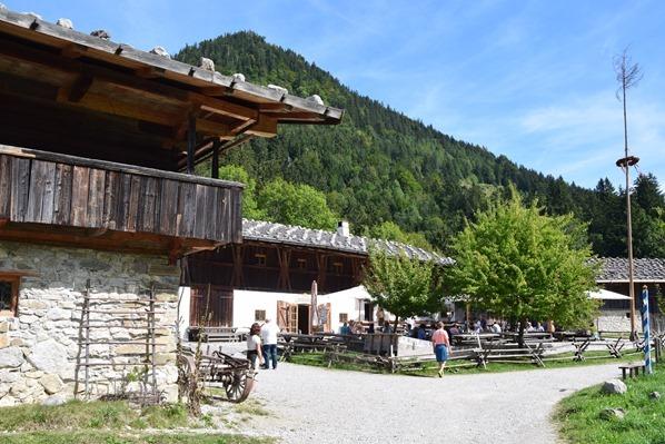04_Eingang-Markus-Wasmeier-Freilichtmuseum-Schliersee-Oberbayern-Bayern-Deutschland