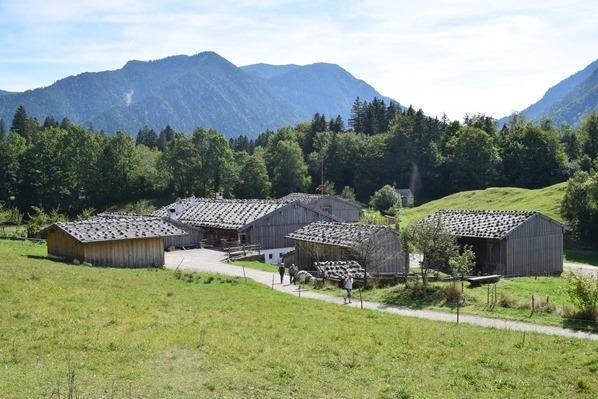 07_Gelaende-Markus-Wasmeier-Freilichtmuseum-Schliersee-Oberbayern-Bayern-Deutschland