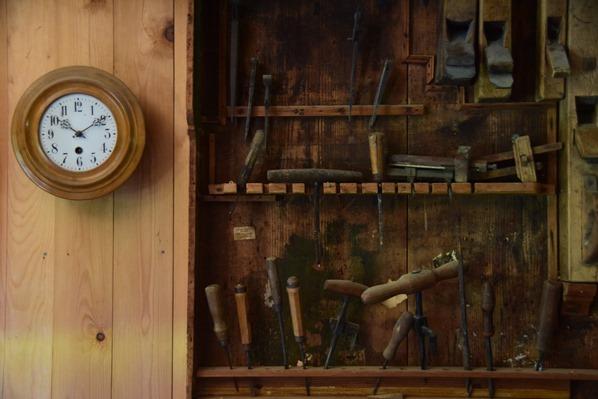 15_Handwerkerhaus-Schuster-Werkzeug-Markus-Wasmeier-Freilichtmuseum-Schliersee-Oberbayern-Bayern-Deutschland