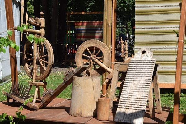 12_historischer-Markt-Spinnrad-Saengerfest-Liederfest-Riga-Lettland-Ostsee-Kreuzfahrt