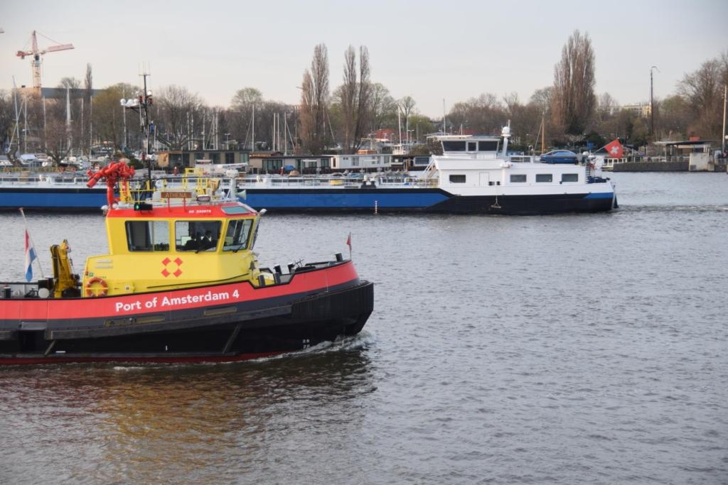 arosa flusskreuzfahrt rhein schiffsverkehr hafen amsterdam niederlande holland