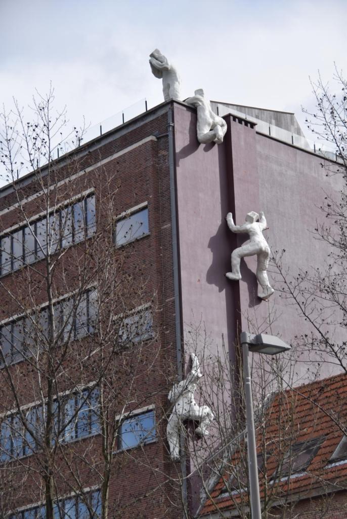02 kunst antwerpen belgien a rosa flusskreuzfahrt rhein