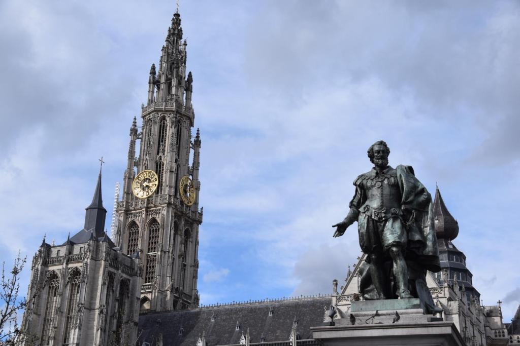 13 peter paul rubens statue groenplaats antwerpen belgien a rosa flusskreuzfahrt rhein