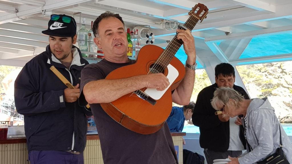 Sa Dragonera Dracheninsel Mallorca Ausflugsboot Atalaya II Livemusik Entertainment Balearen Spanien