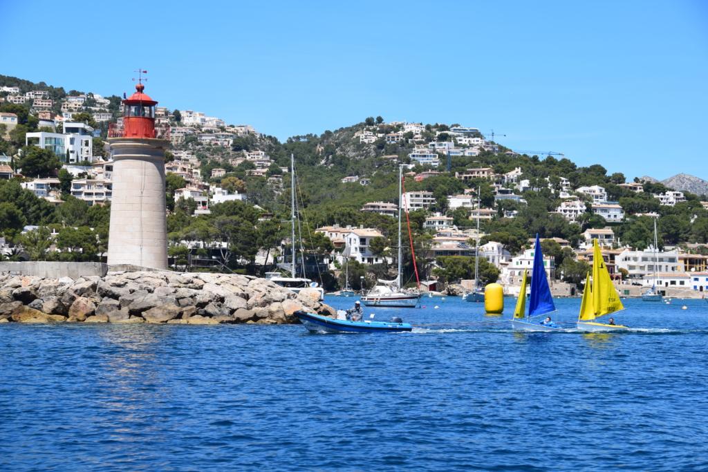 Bootsausflug Dracheninsel Mallorca Leuchtturm Port d'Andratx Balearen Spanien