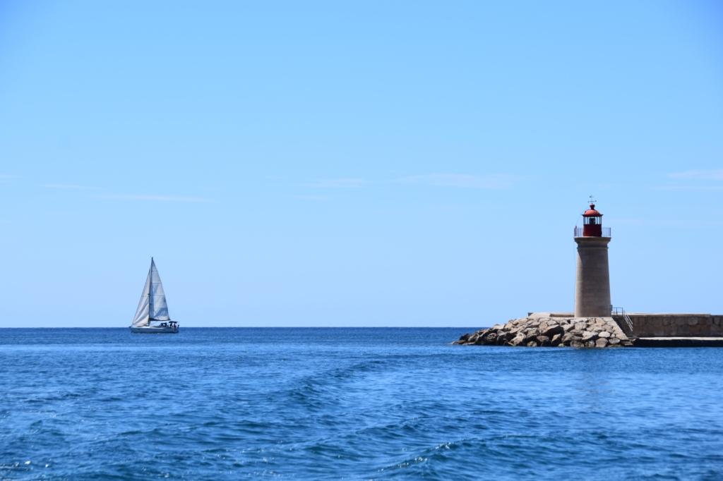 Bootsausflug Dracheninsel Mallorca Leuchtturm Port d'Andratx Segelboot Balearen Spanien