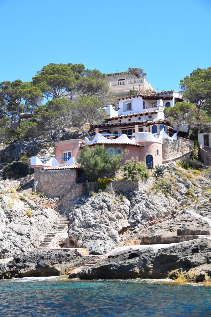 Bootsausflug Dracheninsel Mallorca Küste Villa Peguera Balearen Spanien