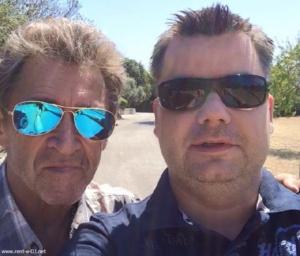 Reiseblogger und DJ Daniel Dorfer mit Peter Maffay auf Mallorca