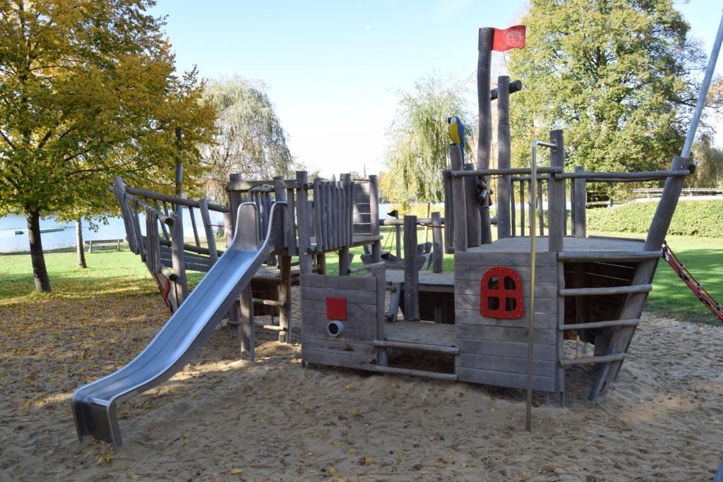 Piratenschiff Abenteuerspielplatz Bad Waldsee Baden Württemberg Deutschland
